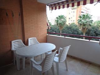PISO PLAYA DE SAN JUAN CERCA DEL MAR. Apto Familia, Alicante
