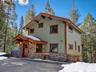 Two King Bedrooms, Two Baths, Sleeps Up To Six, Parque Nacional de Yosemite