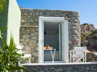Mykonos love nest