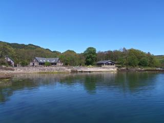 Dockmaster, waterside,pets welc, wheelchair welc,  Wifi, sauna/spa bath,fishing, Oban