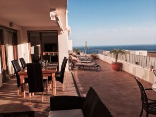 3 Bedroom Terrace Apartment - Marbella, Elviria