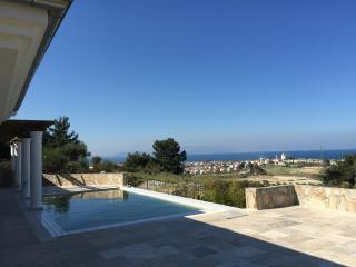Villa Topkapi, 8p. perfect getaway, awesome seaview and private pool
