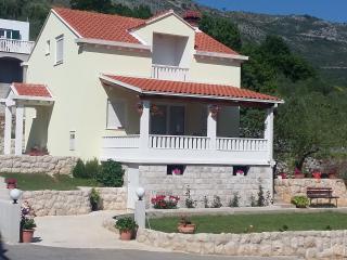 Villa Tina, Cavtat