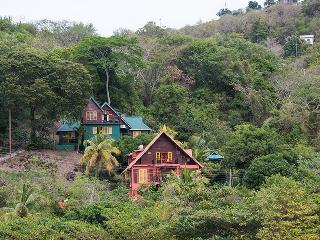 Bequia Villas - Flamingo Villa
