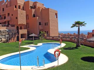 Luxury 2 Bedroom 2 Bathroom Holiday Apartment, Puerto de la Duquesa