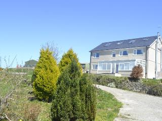 Superior Detached Holiday Home near Morfa Nefyn