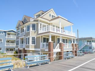 Beachfront Stunning Home Just Renovated, Ocean City