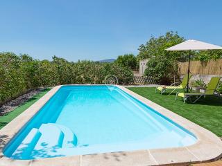 MEDITERRANEAN COUNTRY HOUSE WITH HAMMOCK !, Campanet