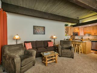 Storm Meadows, Club A, 212: Living Room with reclining chairs, 3-seater new couch