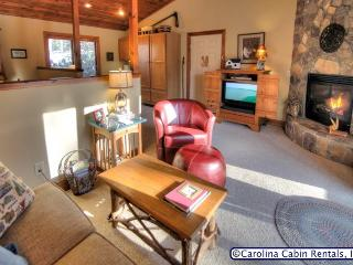 Shawano Cottage, Boone