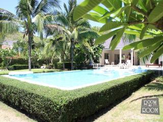 Villas for rent in Hua Hin: V5072