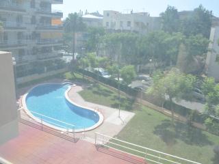 Apartamento en Salou, con piscina y cerca playa