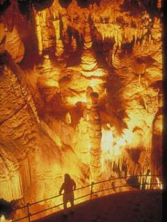 world famous Luray CAverns
