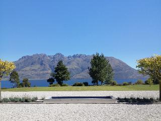 Drift Bay Lodge, Queenstown