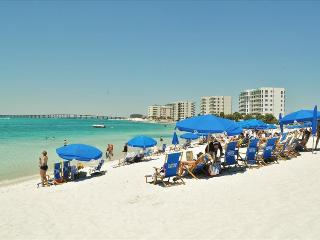 '14 Gulfbreeze Court' Townhome close to the Jetties, Snorkel and Fishing Paradise!!, Destin
