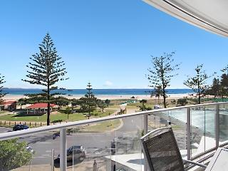Reflections Tower 2 Unit 304 - Beachfront, views, and a great location Wi-Fi inc