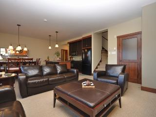 Picturesque House with 2 BR/3 BA in Mont Tremblant (Etoile du matin | 1520-12)