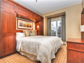 Chateau Beauvallon - Three Bedroom Suite, Mont Tremblant