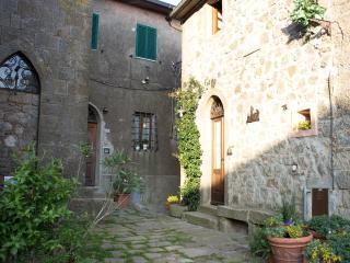 Casa di paese sulle colline toscane, Sassofortino