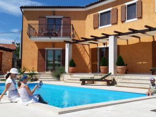 Villa Natalie-your perfect holiday, Rakalj