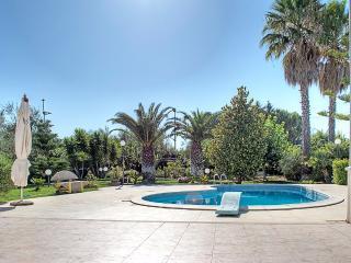 Villa Maia con piscina a 6 km dal mare