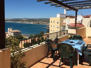 Precioso ático de 150 m2  con vistas al mar, Estepona