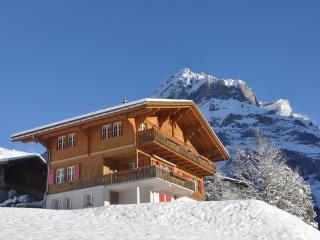 Haus mit Wetterhorn