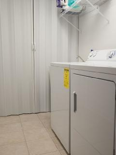 Laundry Room with washer/dryer/ and laundry tub