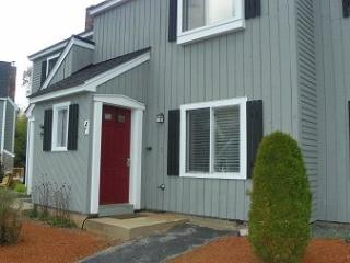 Enjoy this nicely decorated vacation condo in the middle of the White Mountains of NH, Campton