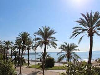 Fragata-Bonito-Aiguadols-playa, Sitges