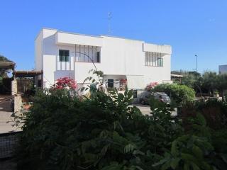 Villetta  in villaggio turistico c/o Gallipoli, Villaggio Resta
