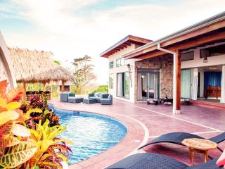 Casa Nirvana - Amazing Oceanview Villa Sta Teresa