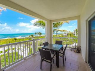 spectacular ocean front views - unobstructed - stunning for breakfast and meals