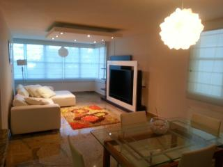 Very Near Isla Verde Beach ! Lovely, Modern & Luxury Apartment ! SPECIAL OFFER