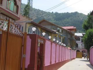 HOTEL GULISTAN, Srinagar