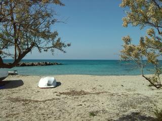 Villetta a 70 mt da mare. Spiaggia di sabbia vicin