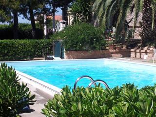 Villa Vittoria, Citta Sant'Angelo
