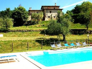 Detached 8 bedroom with private pool and garden, Penna in Teverina