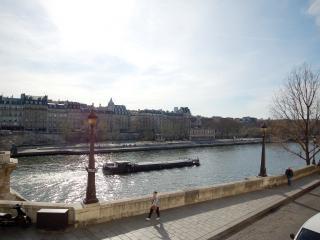 ORLE4, París