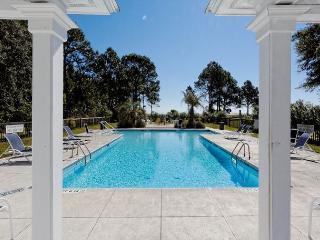 Sea Oak Manor 1, 8 Bedrooms, Oceanfront, Wedding Gazebo, Sleeps 32, Daufuskie Island