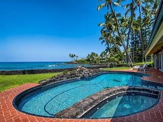 Oceanfront Luxury, a/c in 5 King Beds+Bunkrm, Private Pool, Stunning Views, Kailua-Kona