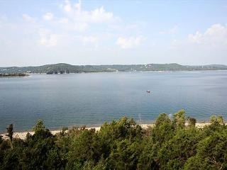 View Point at Table Rock Lake-3 Bedroom, 3 Bath, Table Rock Lake Condo, Hollister