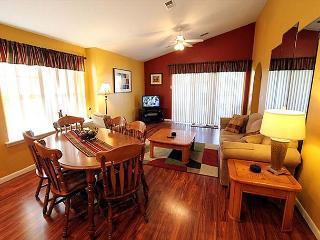 Ozark Charm : 2 Bedroom, 2 Bath, Golf View Condo, Branson