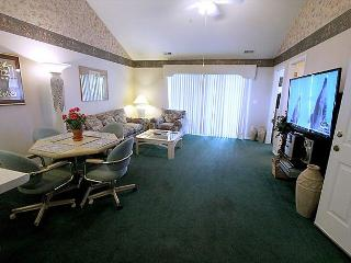 Thousand Hills Golf View- 2 Bedroom, 2 Bath Condo Overlooks Golf Course, Branson