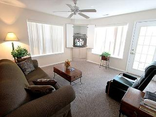 Bogey Nights - Comfy 2 Bedroom, 2 Bath located right in the Heart of Branson!