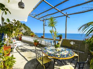 Positano rental APPARTAMENTO RAMNI with private terrace and sea view