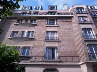 Tres Bel Appartement 1930 de 120 metres carres