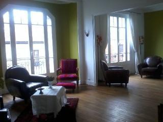 Très Bel Appartement 1930 de 120 mètres carrés, Montreuil