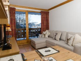 14A Ski in/out 2 Bedroom Apt, Montalbert