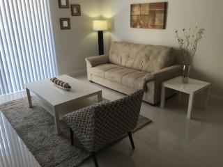 Intimate Luxurious 2 Bedroom Apt in Coral Gables CG2BR1